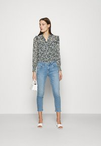 Mos Mosh - BRADFORD LETTER JEANS - Jeans slim fit - light blue - 1