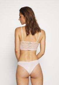 Marks & Spencer London - KNICKER 5 PACKS - Underbukse - pale pink - 6