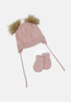 NBFMUSTA MAGIC SET - Beanie - peachskin