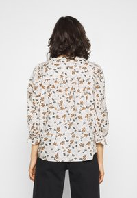 b.young - BYISSA BLOUSE  - Blouse - toffee mix - 2