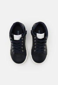BOSS Kidswear - TRAINERS - Baskets montantes - navy - 3