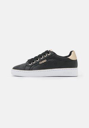 BECKIE - Zapatillas - black