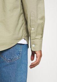 ARKET - Shirt - khaki green dusty light - 3