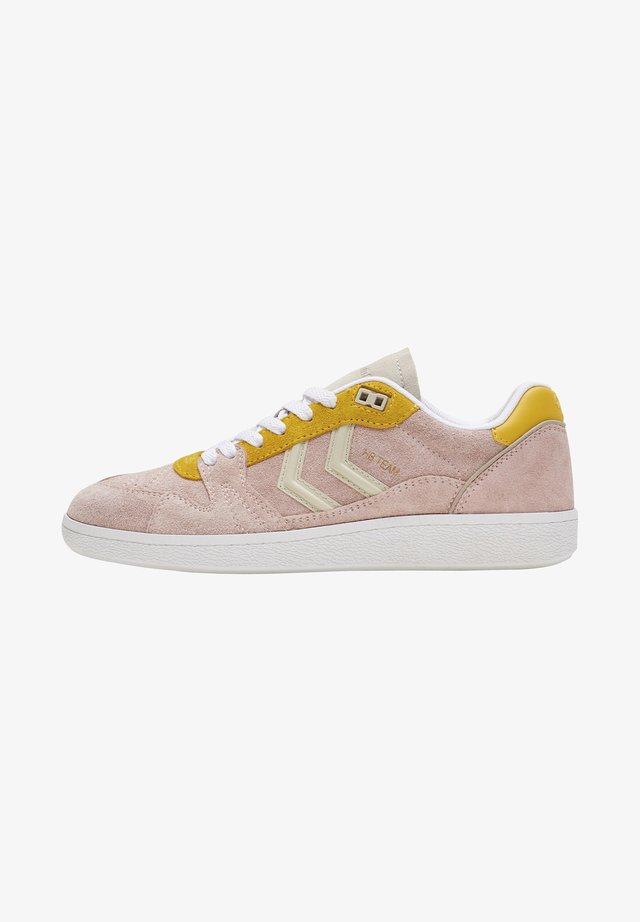 Sneakers laag - cloud pink