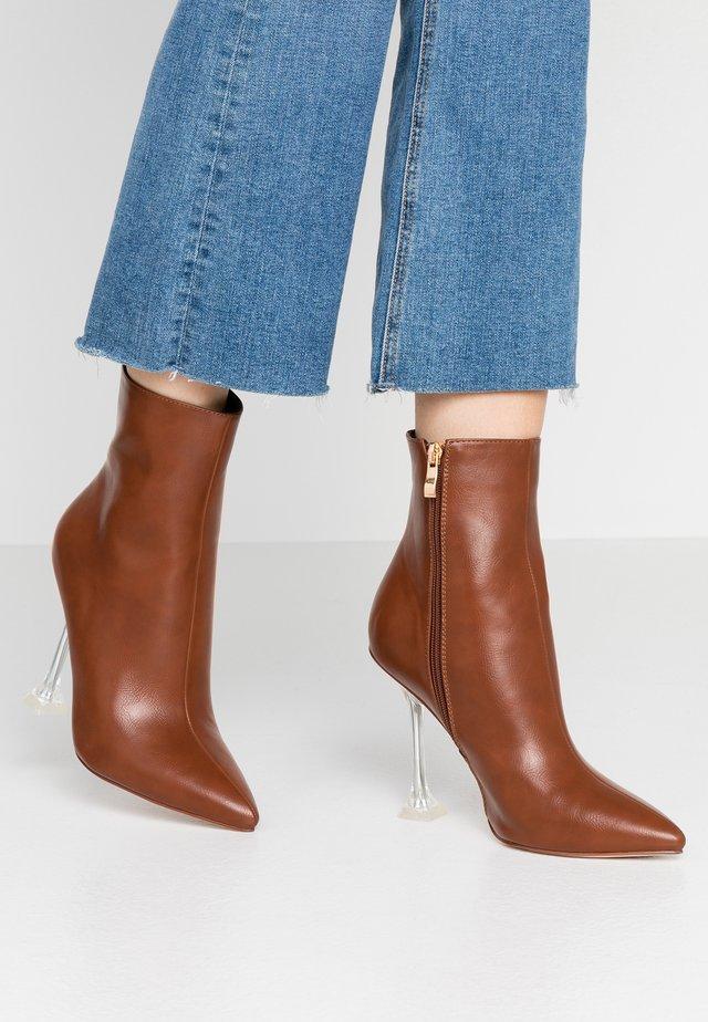 WINONA - Kotníková obuv na vysokém podpatku - tan