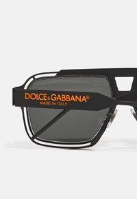 Dolce&Gabbana - Solglasögon - matte black - 2