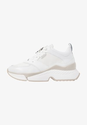 AVENTUR LACE SHOE - Sneakers basse - white
