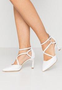 Tamaris - Classic heels - white - 0