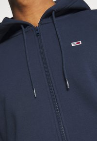 Tommy Jeans - REGULAR ZIP HOOD - Felpa aperta - twilight navy - 5