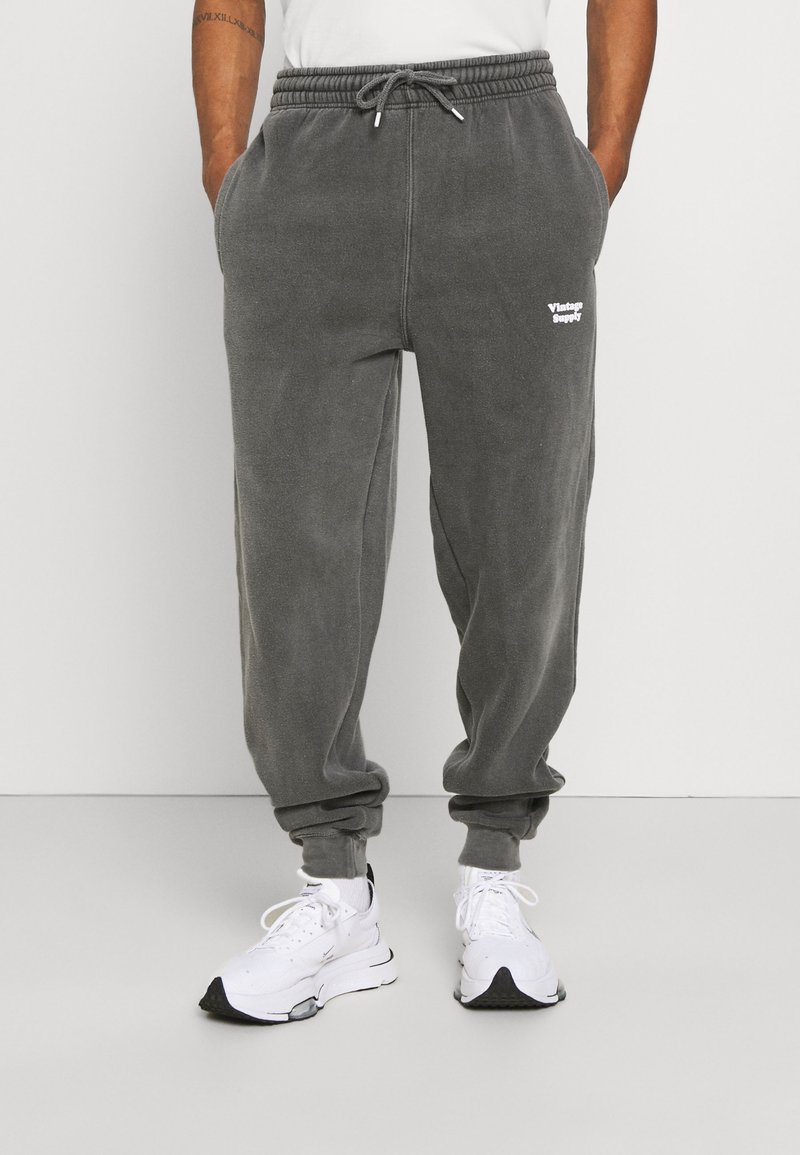 Vintage Supply - CORE OVERDYE  - Pantalon de survêtement - grey