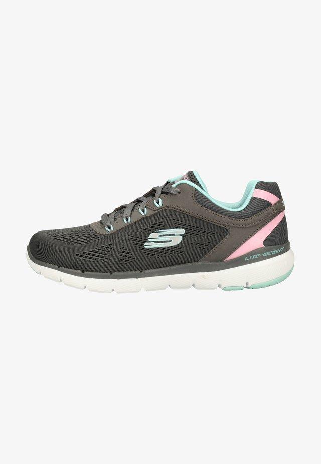 Sneakers laag - grau cctq