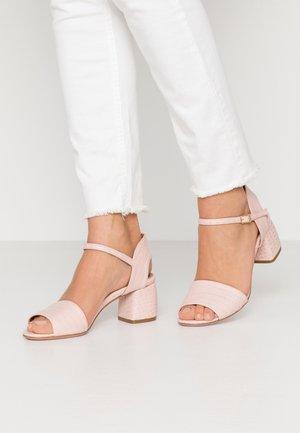 PALMA - Sandaalit nilkkaremmillä - cocco keis pink