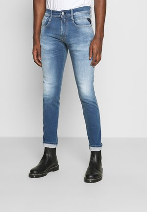 ANBASS HYPERFLEX RE-USED - Slim fit jeans - light-blue denim