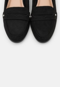 Dorothy Perkins - LAUR LOAFER - Mocasines - black - 5