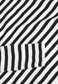 Selected Femme - SLFSTANDARD TEE  - Long sleeved top - black/snow white - 2