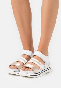 Liu Jo Jeans - MAXI - Platform sandals - white - 0