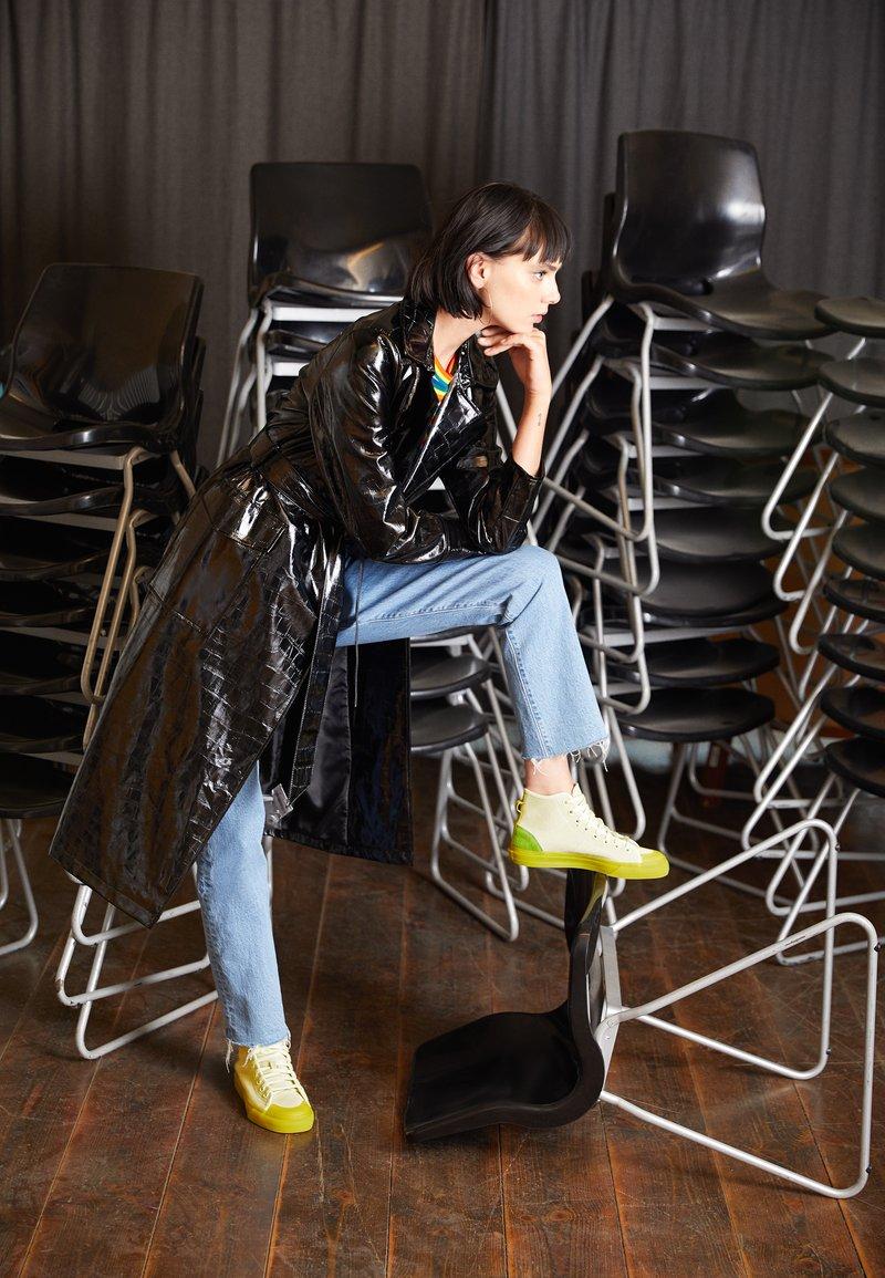 adidas Originals - NIZZA  - Vysoké tenisky - ice yellow/unity lime/offwhite