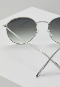 Jeepers Peepers - Lunettes de soleil - silver-coloured/clear - 2