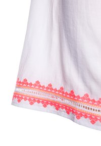 Sunuva - GIRLS EMBROIDERED FLUTTER SLEEVE DRESS - Day dress - white - 2