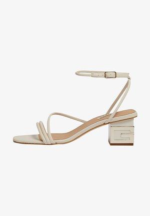 MACRE - Sandals - creme