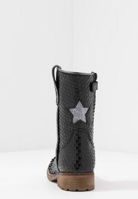 Hip - Cowboy/Biker boots - black scale - 4