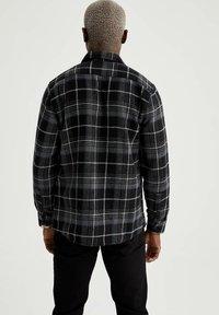 DeFacto - OVERSHIRT - Shirt - black - 2