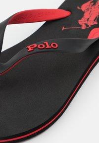 Polo Ralph Lauren - Sandály s odděleným palcem - black/red - 5