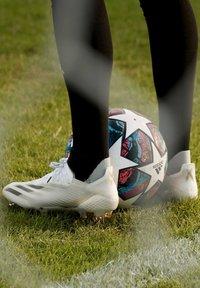 adidas Performance - X GHOSTED.1 FOOTBALL BOOTS FIRM GROUND - Fodboldstøvler m/ faste knobber - ftwwht/cblack/metgol - 1