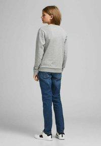 Jack & Jones Junior - Sweatshirt - light grey melange - 2