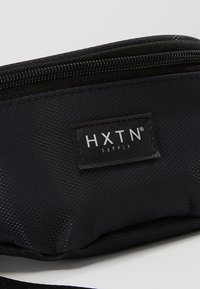 HXTN Supply - PRIME BUM BAG - Ledvinka - black - 7