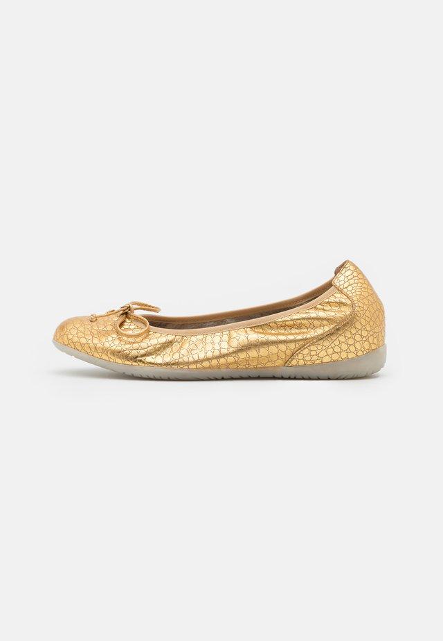 Zeppe - golden