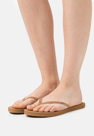 BLISS NIGHTS - Sandály s odděleným palcem - copper