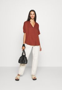 Scotch & Soda - POP OVER SHIRT IN RELAXED FIT - Blouse - island brown - 1