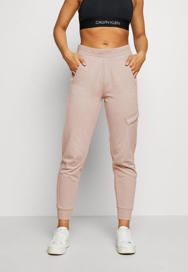 PANTS - Pantaloni sportivi - beige