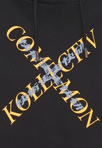 Common Kollectiv - SLASH HOOD UNISEX - Sweatshirt - washed black - 6