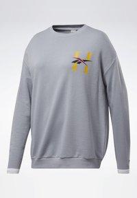 Reebok Classic - CLASSICS HOTEL CREW SWEATSHIRT - Sweatshirt - grey - 7