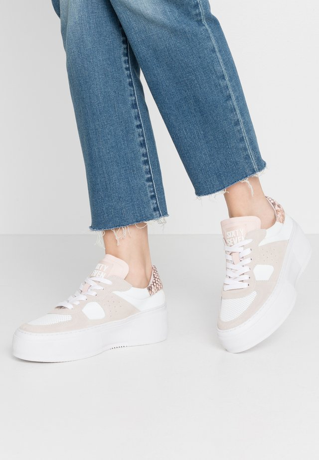 Trainers - offwhite/pink blush