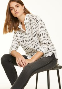 comma casual identity - Button-down blouse - grey graffity aop - 3