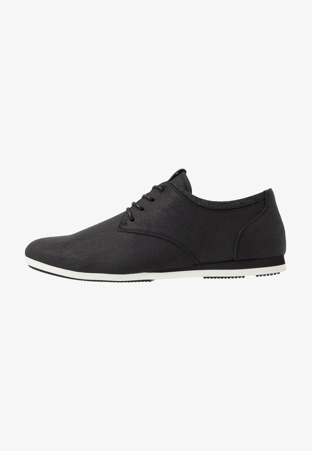 AAUWEN-R - Casual lace-ups - black