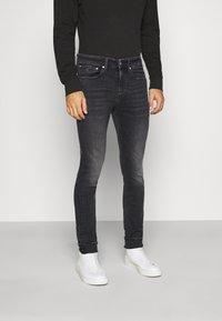 Calvin Klein Jeans - SKINNY - Skinny džíny - black - 0