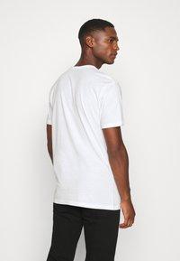 Solid - LORENZ - T-shirt med print - white - 2