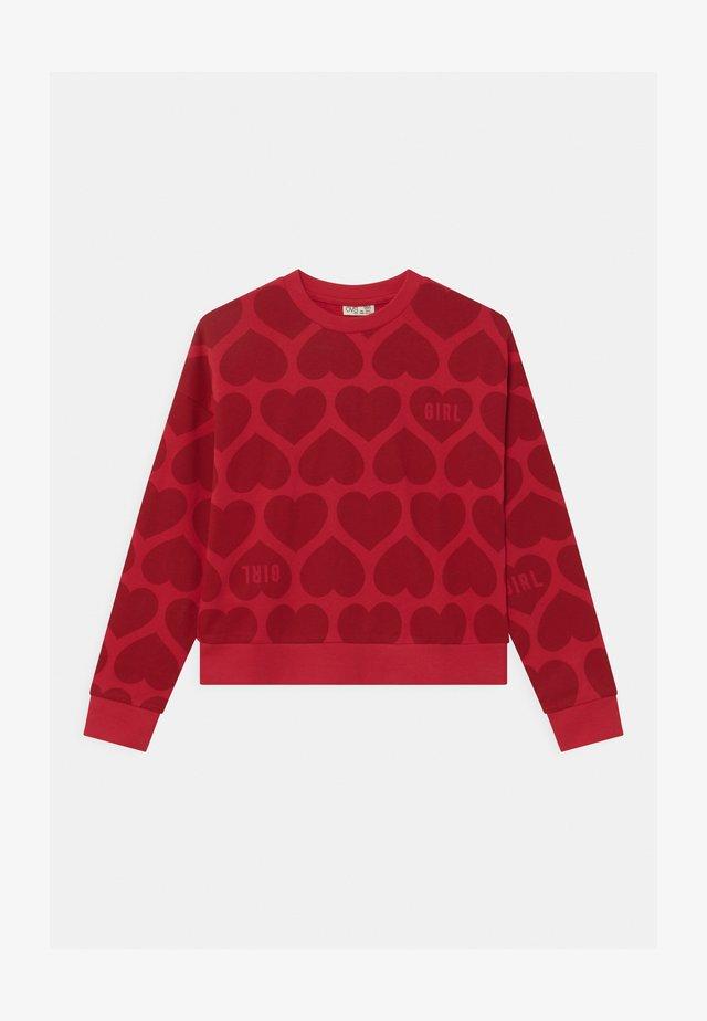 Sweater - scarlet