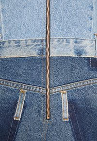 Desigual - Denimové šaty - blue - 5