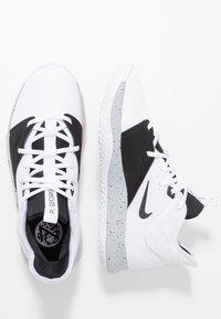 Nike Performance - PG3 - Indoorskor - white/black/wolf grey - 1