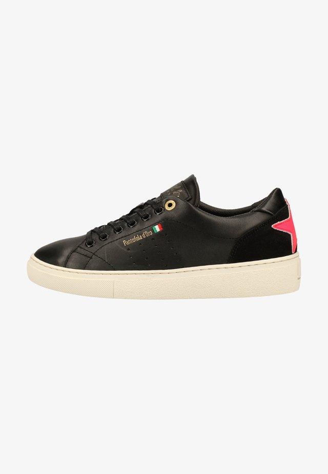 Sneakersy niskie - black/neon pink