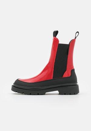 PREPNOVO - Botines con plataforma - red/black