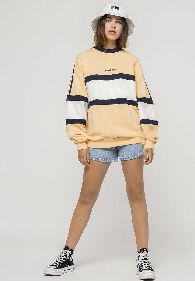 GIA - Sweatshirt - vanilla