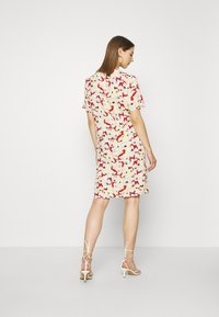 Soaked in Luxury - SLRAFINA DRESS - Kjole - multicoloured - 2