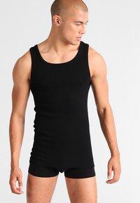TOM TAILOR - 2 PACK - Undershirt - black - 1