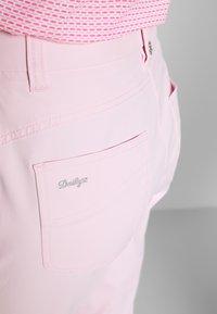 Daily Sports - LYRIC CAPRI - Pantaloncini 3/4 - pink - 4